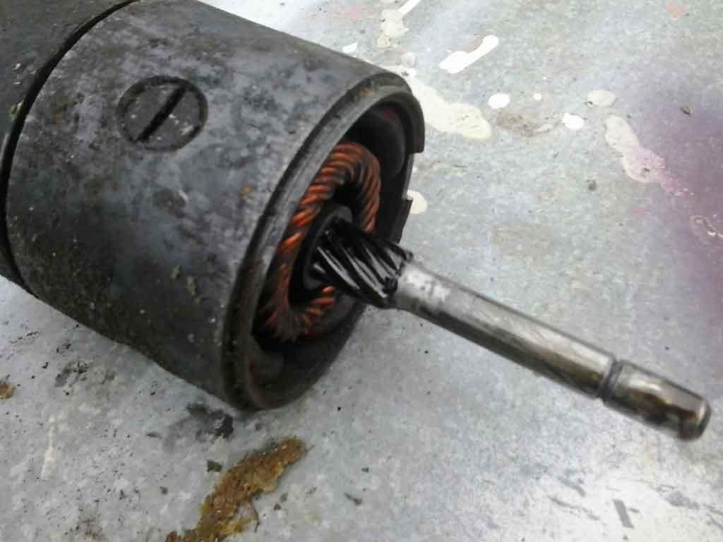 Моем червяк и вал ротора стартера