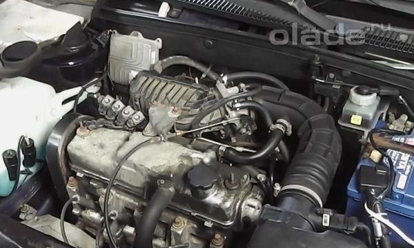 Замена прокладки клапанной крышки двигателя Лады