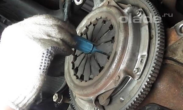 Центровка диска сцепления Лады
