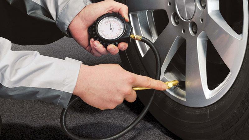 Давление в шинах, расход топлива