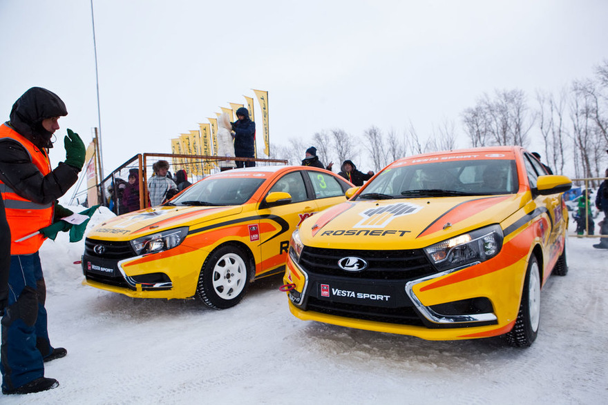 Завод «АвтоВАЗ» и предприятие «Роснефть» спонсируют отечественный цикл кольцевых ралли (фото 3)
