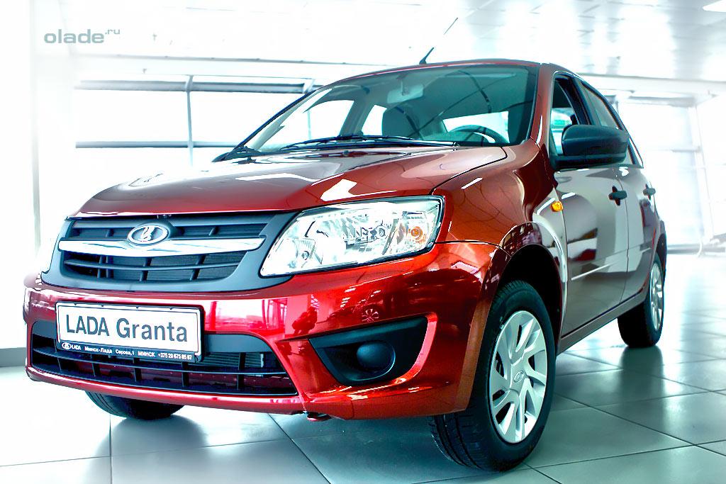 Концерн АвтоВАЗ отзывает более ста тысяч машин марки Лада Калина и Granta.