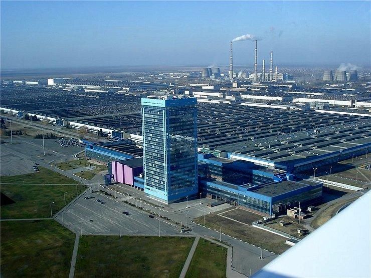 «АвтоВАЗ» выплатит компенсацию в размере 127 000 руб. сокращенным сотрудникам