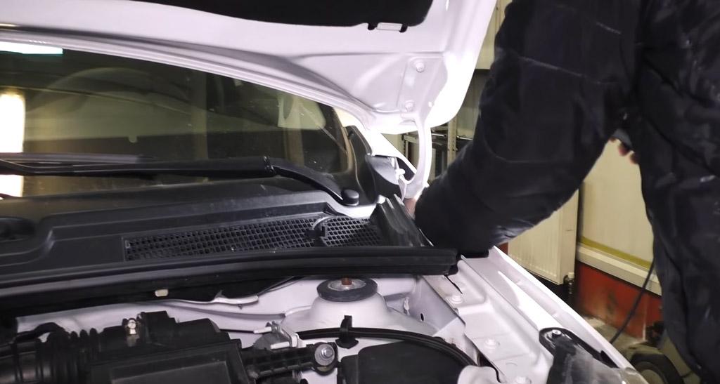 Коррозионная стойкость Lada XRAY: крылья