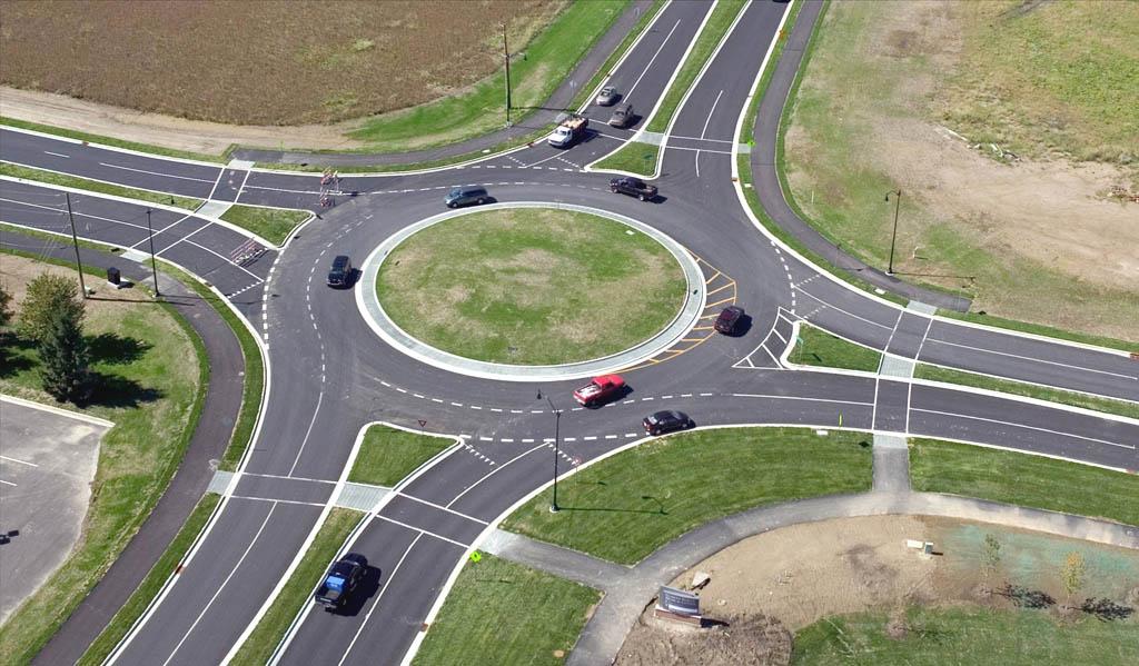 5 правил дорожного движения, о которых вы могли забыть, круговое движение