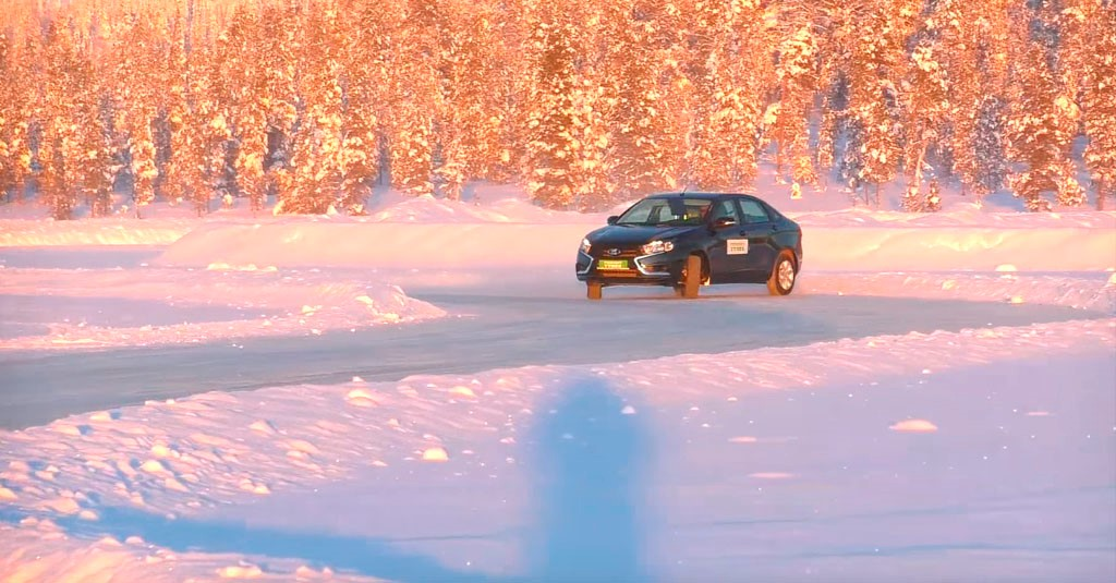 Как ведет себя Vesta на льду с использованием ABS и ESP? (фото 1)