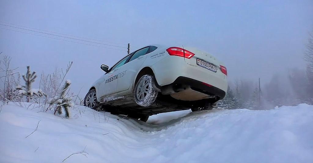 Кюветный тест Lada Vesta с ESP и без (фото 2)