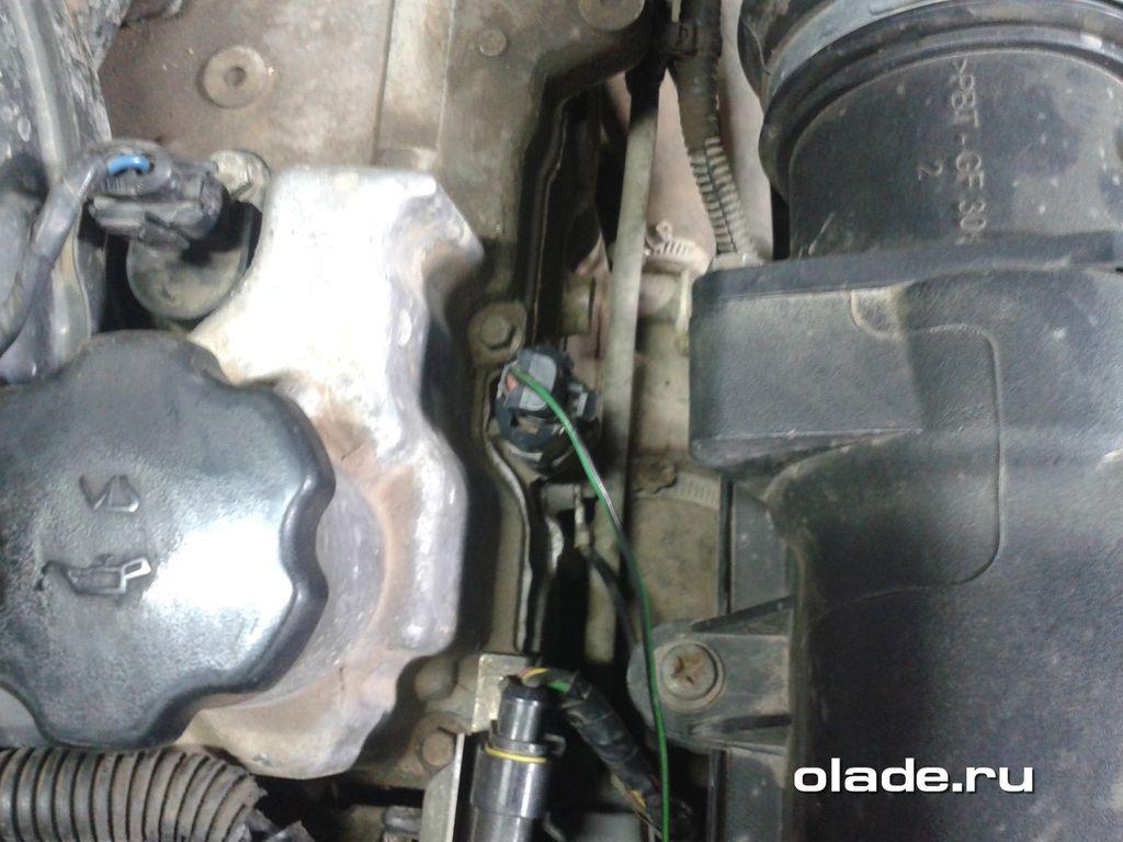 Меняем масляный датчик на Ладе Приора (мотор ВАЗ-21126) (фото 1)