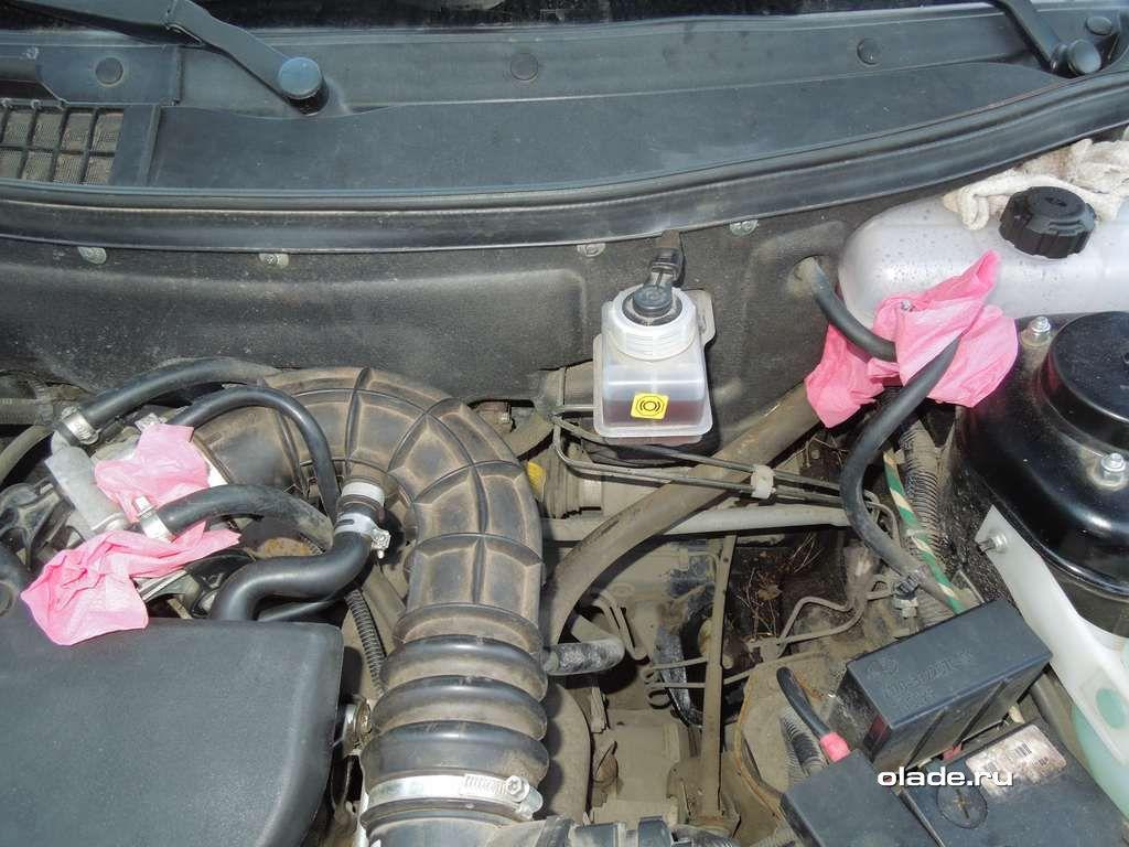Замена антифриза на Ладе Приора и очистка охлаждающей системы (фото 10)